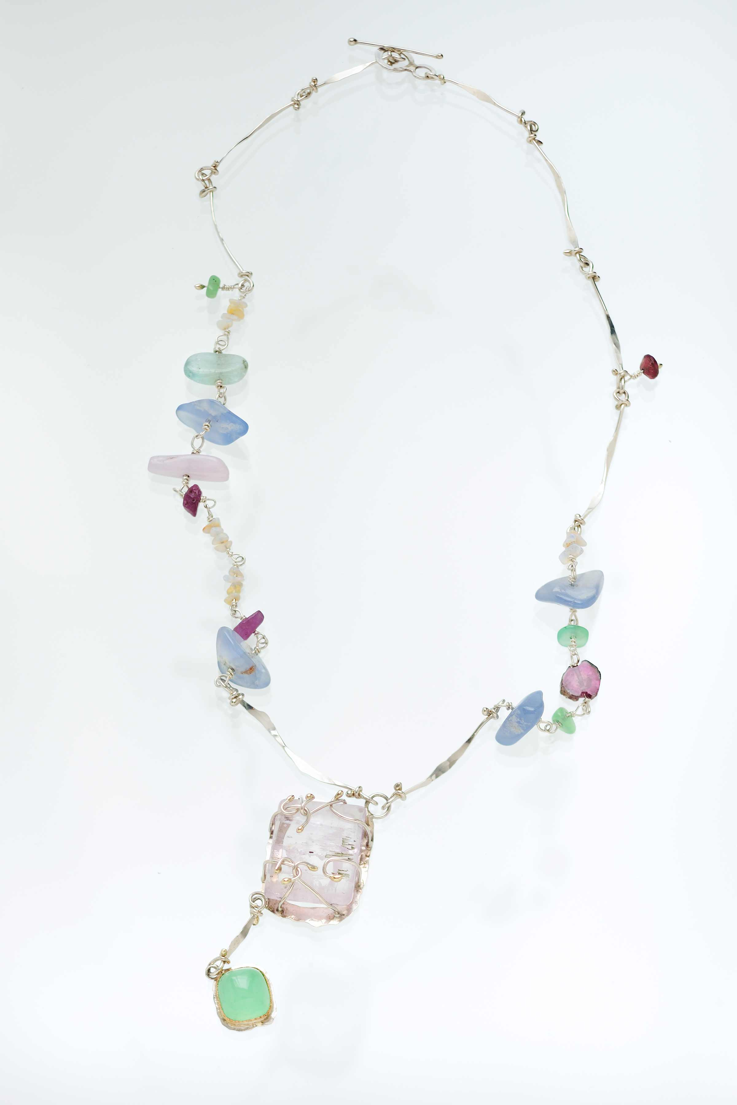 Photo of Spring Breeze (Necklace)